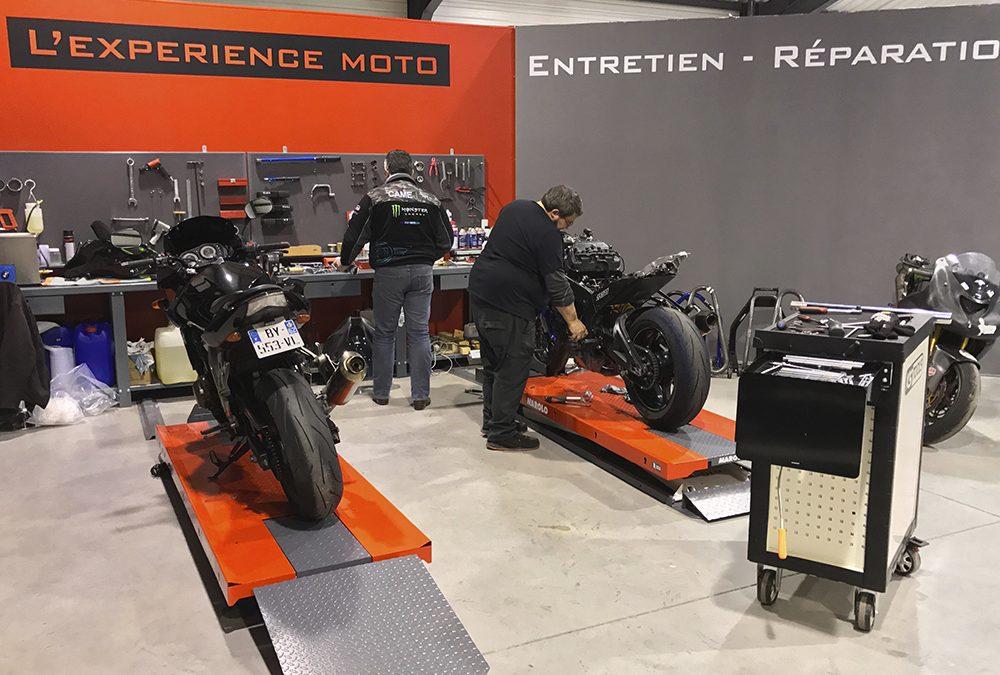 Delerue l'expérience moto dans l'atelier