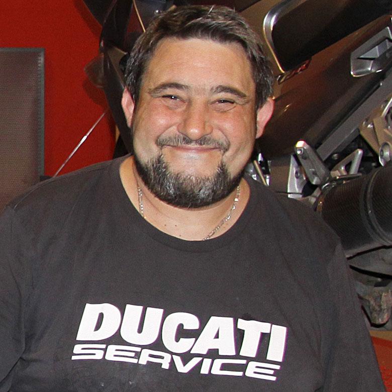 Christophe, atelier Delerue l'expérience moto