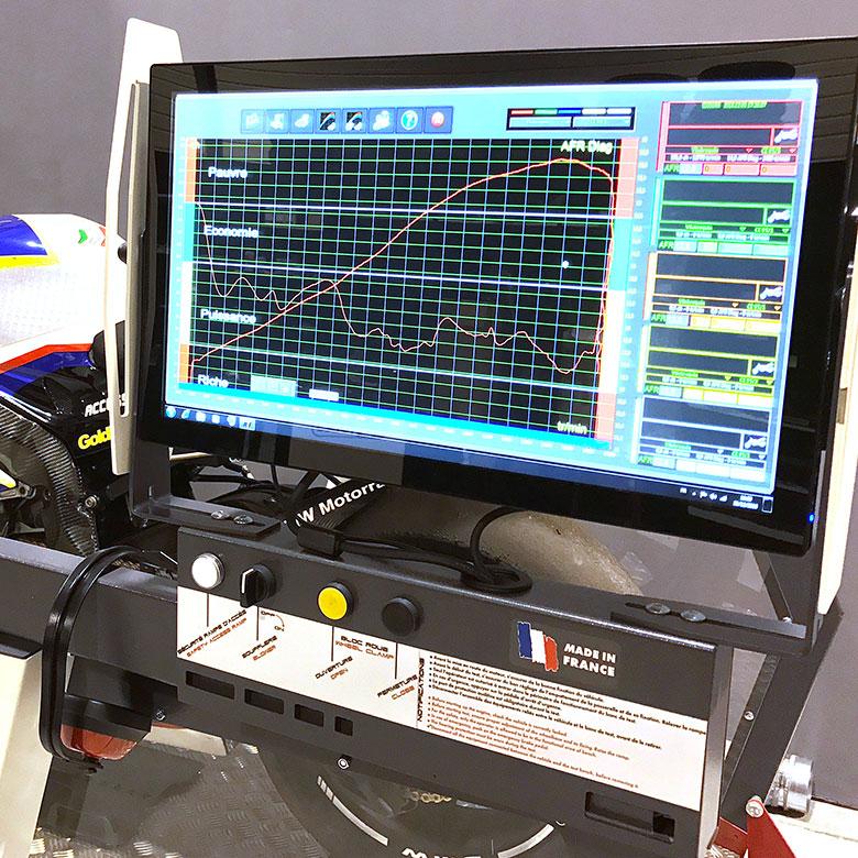 Delerue l'expérience moto courbe puissance